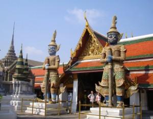El Palacio Real de Bangkok se visita en un crucero por Asia.