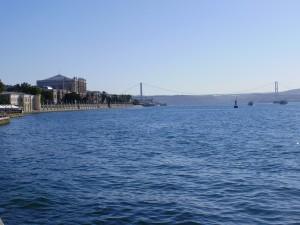 Cruzando el Estrecho del Bósforo rumbo al Mar Negro.