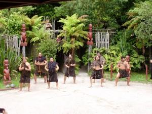 La danza Haka típica de la cultura maorí.