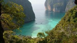 Vista de Maya Bay desde la montaña.