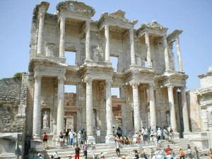 La Bilbioteca de Celso en Éfeso.