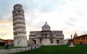 El bello conjunto arquitectónico de Pisa.