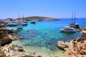 Panorámica de la Blue Lagoon Malta.