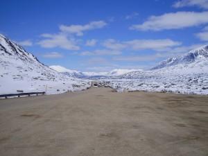 Carretera de Canadá a Alaska para llegar a New York.