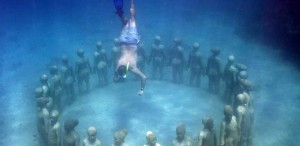 Snorkel en el Underwater Sculpture Park.