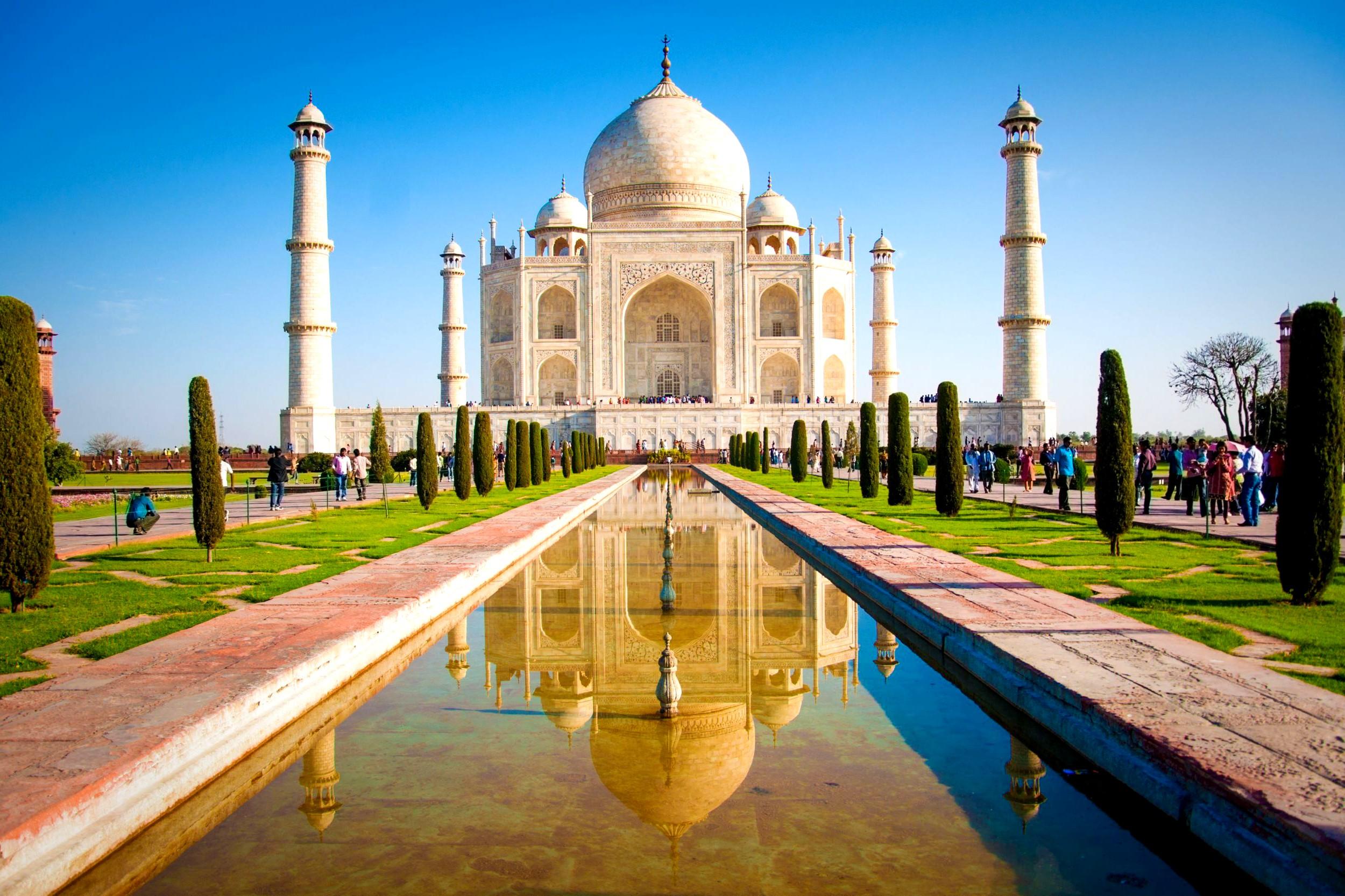 9.Taj Mahal