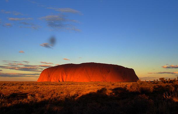 13.Ayers Rock, Australia