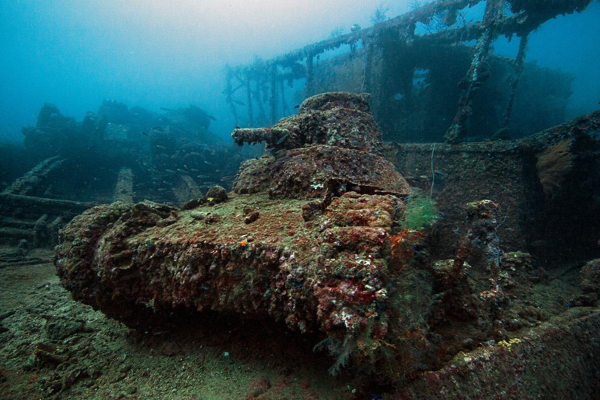 Shipwreck micronesia.