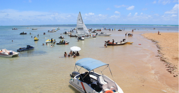 Disfrutando la isla brasileña de Areia Vermelha