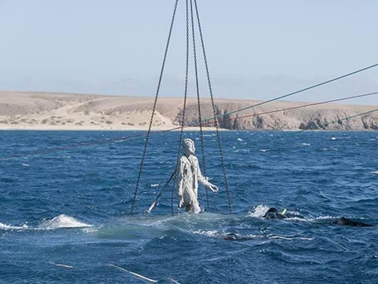 Inmersión de las estatuas del museo submarino de Lanzarote