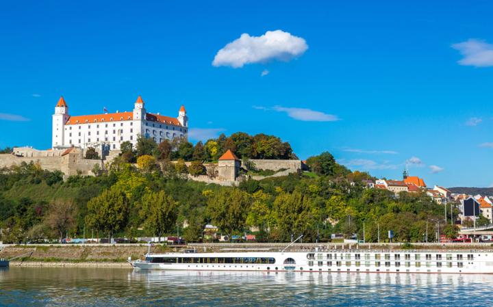 3.bratislava-castle
