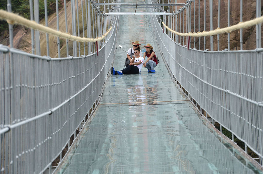 World's Longest Glass Bridge, 590ft High, Opens In China–Tourists Too Scared To Walk It