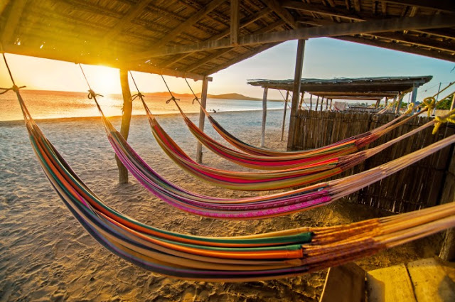 6.Colombia entre los países más felices del mundo.