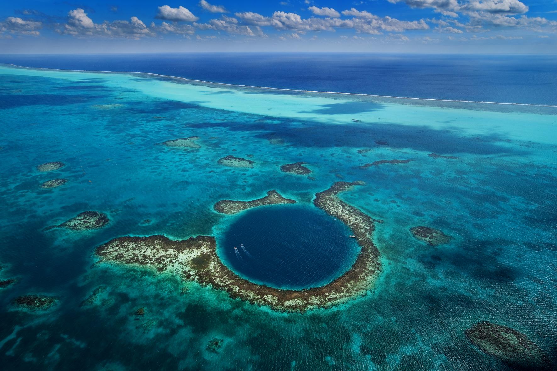 Blue Hole, buceo en Belice