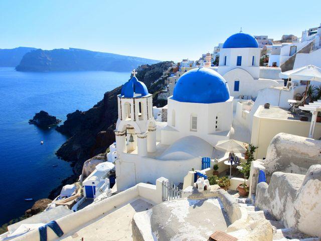 Atracciones turísticas como Santorini