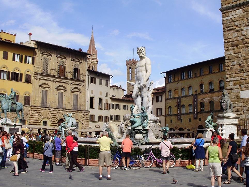 Florencia y Pisa desde Livorno
